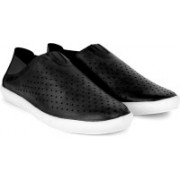 Newport Sneakers For Men(Black)