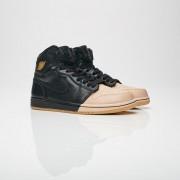 Jordan Brand Air Jordan 1 Retro Hi Premium 40.5 Black