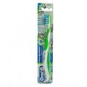 Procter & Gamble Srl OralB Spazzolino Pro Expert 8 anni+