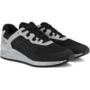 Asics TIGER GEL-LYTE III NS Running Shoes For Men(Black)