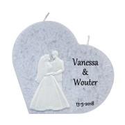 Trouwkaars hart grijs met was decoratie bruidspaar
