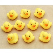10 PCS Infants baby duck swimming bath toys Beach toys Soft Rubber Squeeze Screaming Sound Toy Duck Baby Swim Bathe Family Game