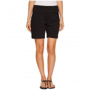 Jag Jeans Petite Ainsley 7quot Pull-On Shorts in Divine Twill Black
