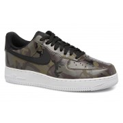 Sneakers Air Force 1 '07 Lv8 by Nike