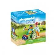 Set de joaca Playmobil City Life, Pacient In Scaun Cu Rotile