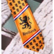 Geen Oranje stropdas met Nederlandse afbeeldingen