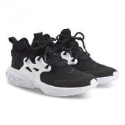 NIKE React Presto Sneakers Svart/Vit Barnskor 39 (UK 6)
