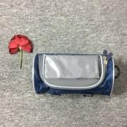 UNIVERZÁLIS biciklis / kerékpáros tartó mobiltelefon készülékekhez - 150 x 75 mm-es kijelzőkhöz, cseppálló védő tokos kialakítás, 110 x 220mm-es táska - SÖTÉTKÉK