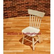 Scaun din lemn alb - miniatura