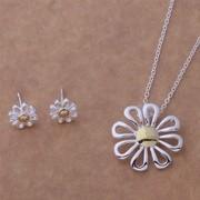 Set colier si cercei floare placat argint Sara
