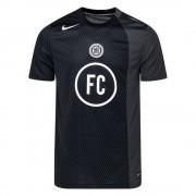 Nike T-Shirt Nike FC SS Black - Zwart - Size: Large