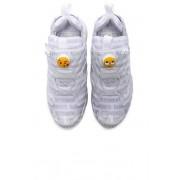 VETEMENTS x Reebok Logo Instapump Fury Sneakers in White. - size 37.5 (also in 34.5,36,38.5,39,40,41)