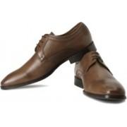 Clarks Dexie Plain Genuine Leather Lace Up Shoes For Men(Tan)