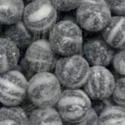 Tilleys Bulls Eyes Black & White Hard Boiled Mint Sweets