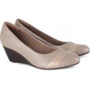 Clarks Brielle Tacha Sand Leather Bellies For Women(Beige)