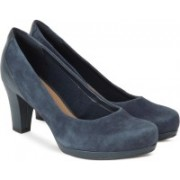 Clarks Chorus Chic Navy Suede Slip On For Women(Navy)