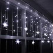 Instalatie Tip Turturi cu Fulgi Nea LED pentru Craciun Lumina Alba Exterior Interior Lungime 5m 100 LED-uri