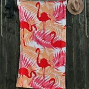 Strand fürdőlepedő, flamingó madarak rózsaszín