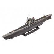REVELL Model Set German Submarine Type VII C/41