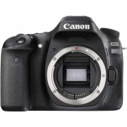 Canon EOS 80D DSLR con Objetivo EF-S 18-135mm f/3.5-5.6 IS STM