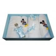 Trusou pentru botez 7 piese brodat cu figurina Mickey Mouse Little Angel bleu