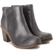 Clarks Marble Cool Women Boots For Women(Grey)