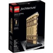 Конструктор LEGO Архитектура Флэтайрон-билдинг 471 дет.