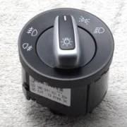 Bloc lumini Golf 5 (1K) 10.2003-05.2009, Golf Plus (5M) 01.2005-01.2009, Caddy 3/Life, 03.2004-06.2010, EOS 2006-2010, Passat B6 01.2005-07.2010, Touran (1T/1T2) 02.2003-07.2010, comutator lumini, lam Kft Auto