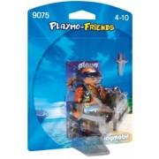Figurina - Pirat Cu Scut Playmobil