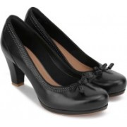 Clarks Chorus Bombay Black Leather Formal Shoes For Women(Black)