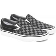 Vans CLASSIC SLIP-ON Men Loafers For Men(Black, Grey)
