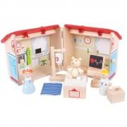 Set Mini spitalul animalelor, din lemn