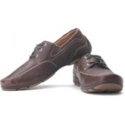 Clarks Latch Mast Corporate Casuals For Men(Brown, Tan)