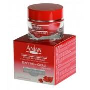 Anti-aging krem przeciwzmarszczkowy do twarzy z kwasem hialuronowym - skutecznie hamuje oznaki starzenia się skóry!