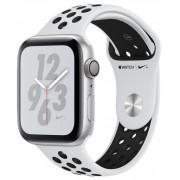 Smartwatch Apple Watch 4 Nike Plus, 40mm, LTPO OLED Retina Display, GPS, Bluetooth, Wi-Fi, Bratara Sport Platinum/Negru, Carcasa aluminiu, Rezistent la apa si praf (Silver)