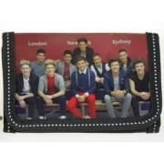 """One Direction pénztárca """"sokan"""""""