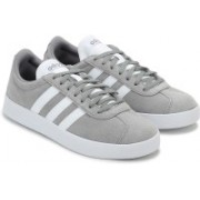 ADIDAS GALAXY 4 M Sneakers For Men(Grey)