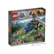 LEGO® Jurassic World Urmarirea elicopterului Albastru 75928