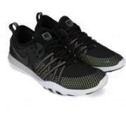 Nike WMNS NIKE FREE TR 7 MTLC Training & Gym Shoes For Men(Multicolor)
