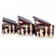 Piese de șah Staunton 6, în cutie de lemn maro închis