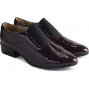 Clarks Rey Chic Aubergine Slip On For Women(Burgundy)