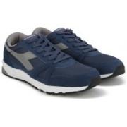 Diadora RUN 90 Running Shoes For Men(Navy, Grey)