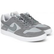 Nike SB DELTA FORCE VULC Sneakers For Men(Grey)
