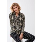 ''Gina Tricot'' ''Therece shirt'' ''Snakeprint aop (9691)'' 34