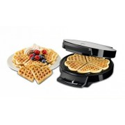 Aparat pentru preparat vafe Trisa Waffle Pleasure Cod 7352.42, 1000W, capasitate 5 vafe in forma de inima, Argintiu cu Negru