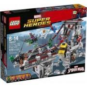 LEGO SUPER HEROES - SPIDER MAN : LUPTA SUPREMA DE PE POD A RAZBOINICILOR WEB 76057