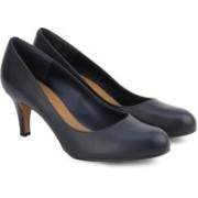 Clarks Arista Abe Navy Leather Casual For Women(Navy)