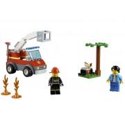 Lego Конструктор Lego City Пожар на пикнике 64 дет. 60212