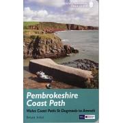 Wandelgids Pembrokeshire Coast Path Wales, St. Dogmaels to Amroth | Aurum Press