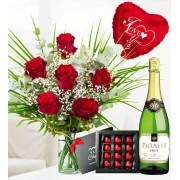 My Valentine Deluxe Gift - Valentine's Flowers - Valentine's Gifts - 6 Red Roses